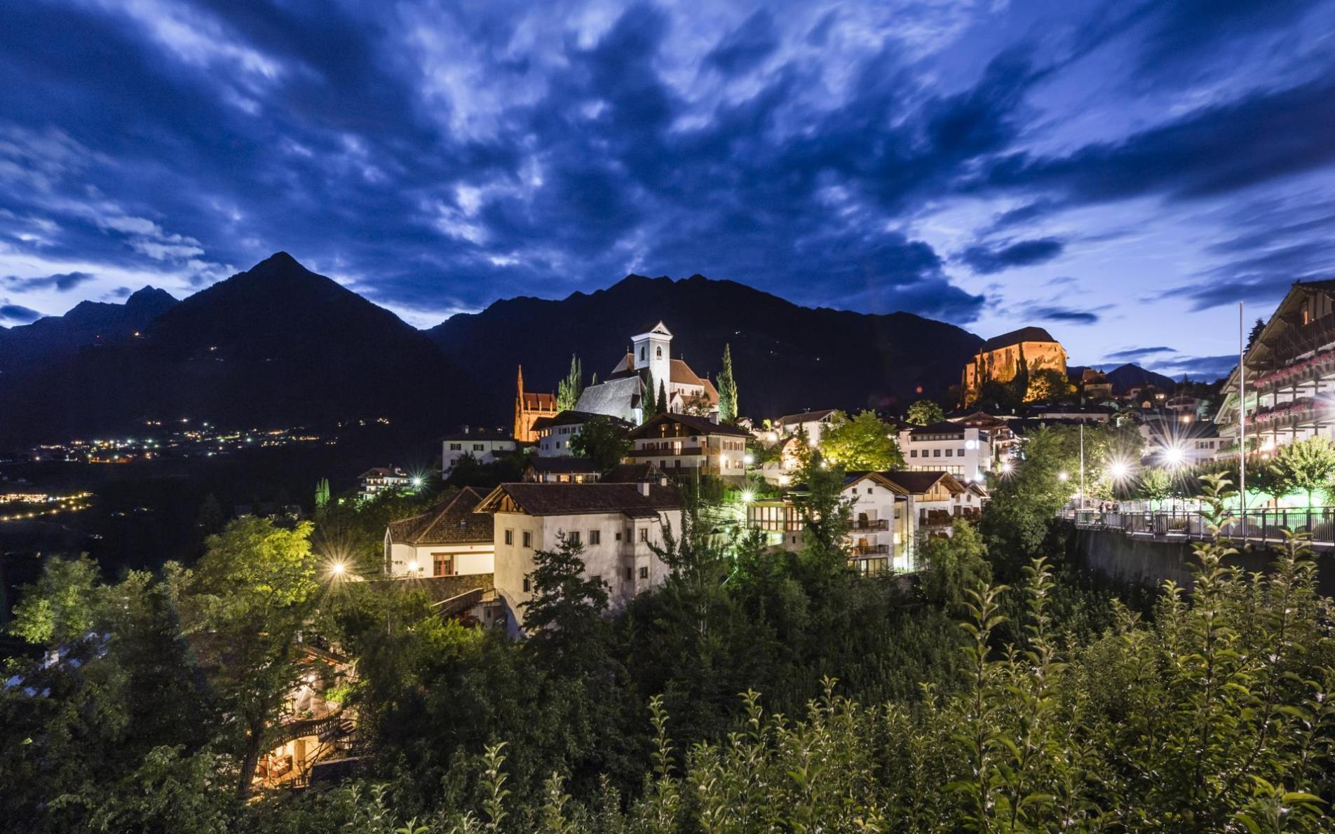 Unser Hotel In Schenna Willkommen Im Urlaub
